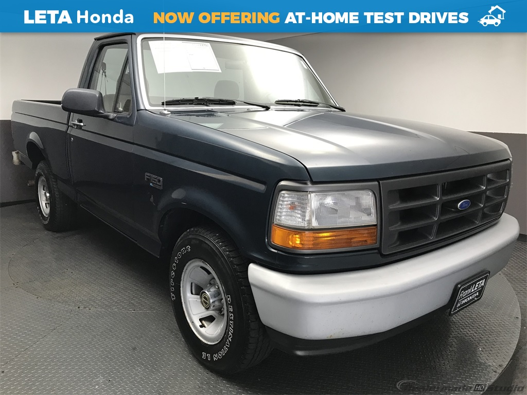 Pre-Owned 1995 Ford F-150 XL